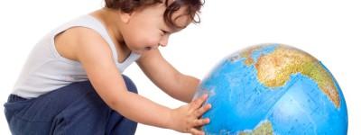 Co robić, gdy dziecko źle znosi podróże?
