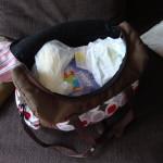 Co młoda mama nosi w torebce?