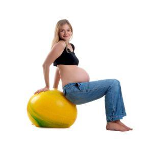Ćwiczenia z piłką w ciąży ball