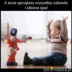 Pistolet, czołg, proca a może miecz? Czy kupować dzieciom zabawki militarne?
