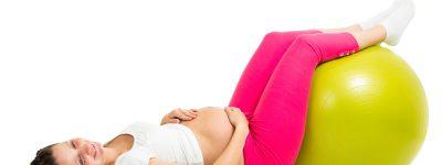 Opuchnięte nogi w ciąży – te sposoby pomagają!