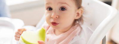 Od kiedy podawać dziecku picie w kubku niekapku?