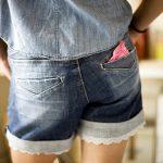 Pierwsza miesiączka u dziewczynek – jakie informacje przekazać córce?