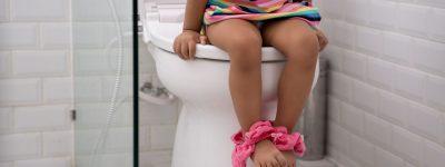 Dziecko zgłasza ból podczas sikania – co robić?