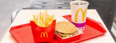 Na szkolnej wycieczce dzieci nie zjedzą fast foodów?