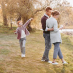 Koronawirus. Czy wychodzić na spacery z dziećmi?