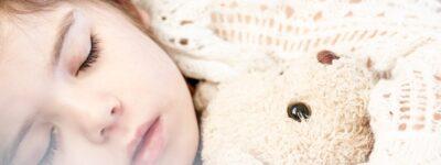 Wgłobienie jelita u dziecka – jak się objawia i jak leczyć?