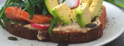 Tost z awokado – czyli zielono na talerzu w zdrowej wersji