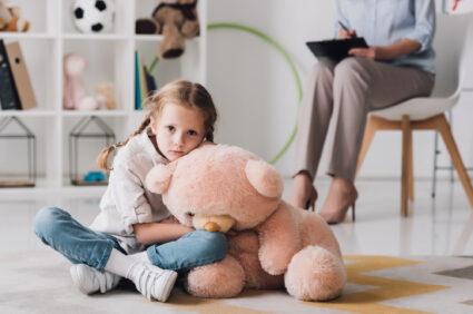 Depresja u dzieci jest groźna. Nie bagatelizuj jej objawów!