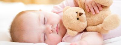 Co potrafi miesięczne dziecko? Jaki jest niemowlak?